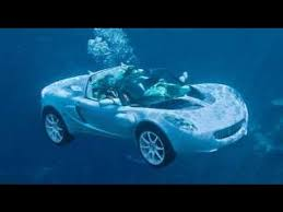 underwatercar1